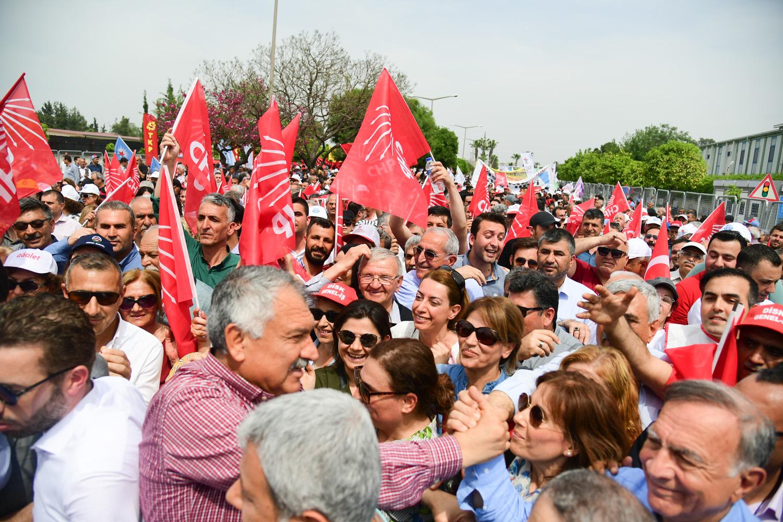 Adana'da tarihi 1 Mayıs etkinliği