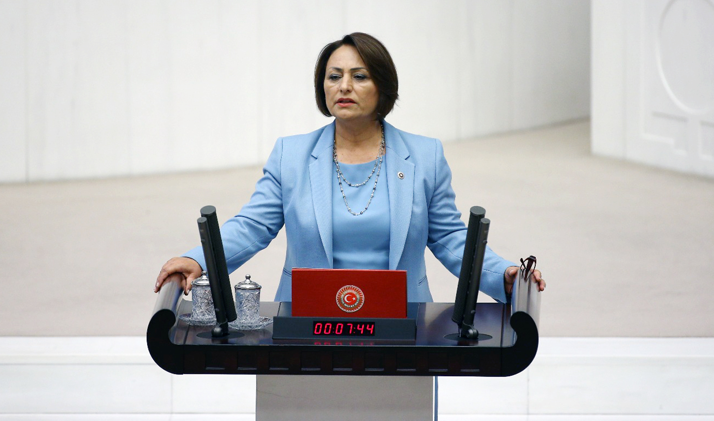 Cezayir'deki 150 Türk vatandaşı çözüm bekliyor