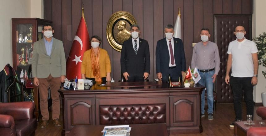 "CHP ADANA MİLLETVEKİLLERİNDEN BARO'YA ""DESTEK"""