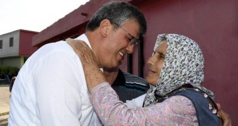 Ayhan Barut'un Acı Günü: Annesini Kaybetti