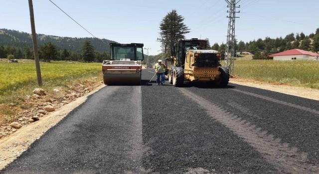 Yayla ve köy yolları yenileniyor
