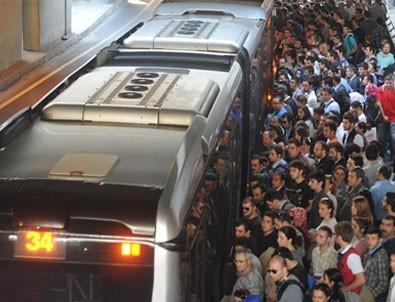 Toplu Taşımacılıkta Yüzde 50 Sınırı Kaldırıldı