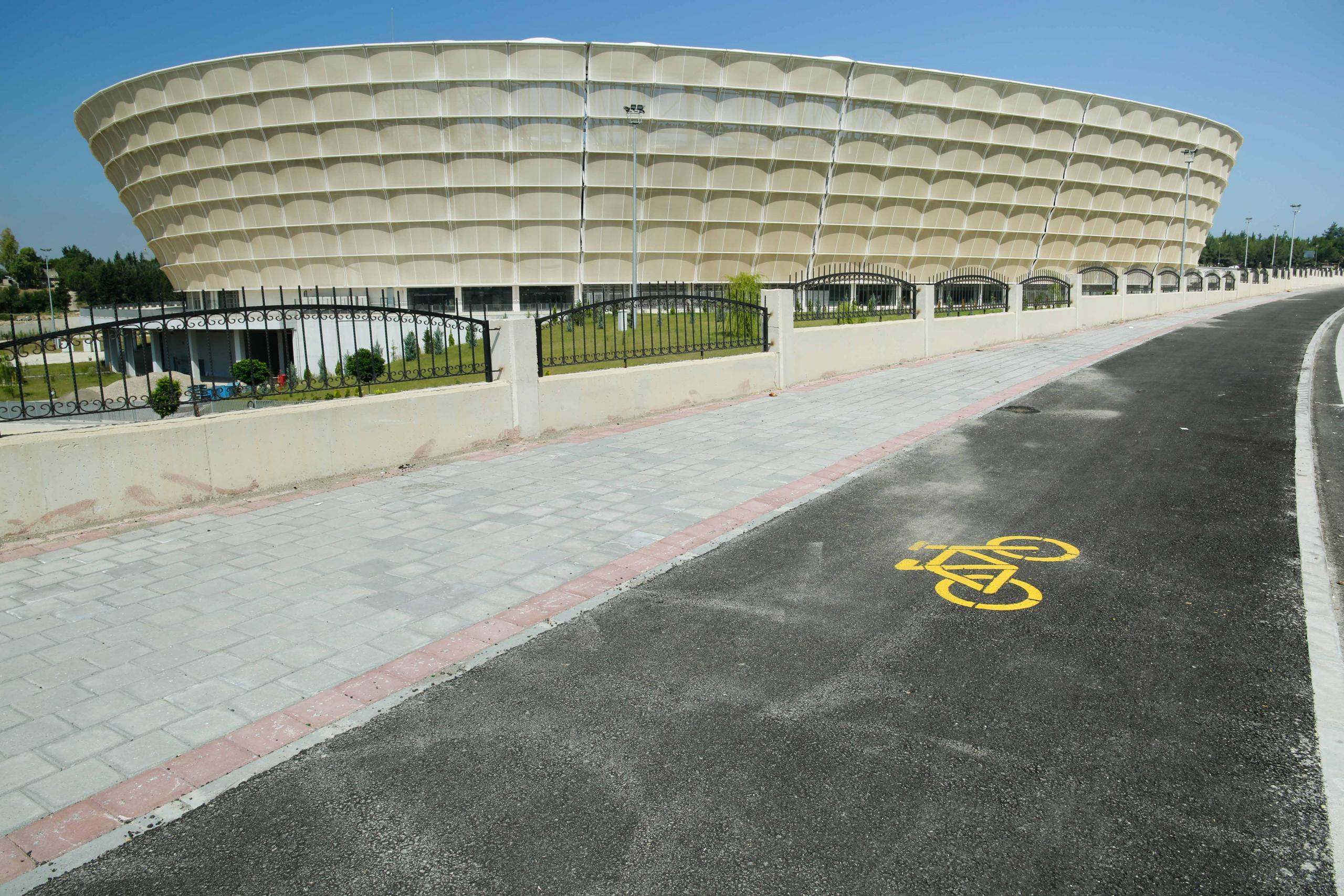 Büyükşehir'den asfalt, bisiklet yolları, peyzaj ve düzenleme…