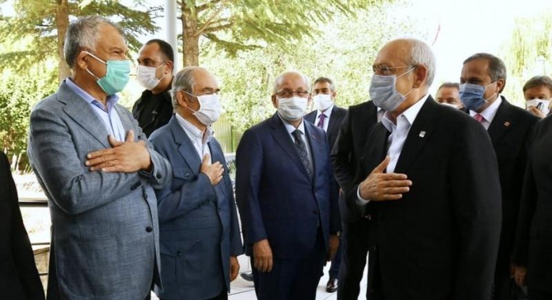 Kılıçdaroğlu Belediye Başkanlarıyla Buluştu