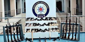 Adana'da aranan 183 kişi yakalandı,çok sayıda silah ele geçirildi