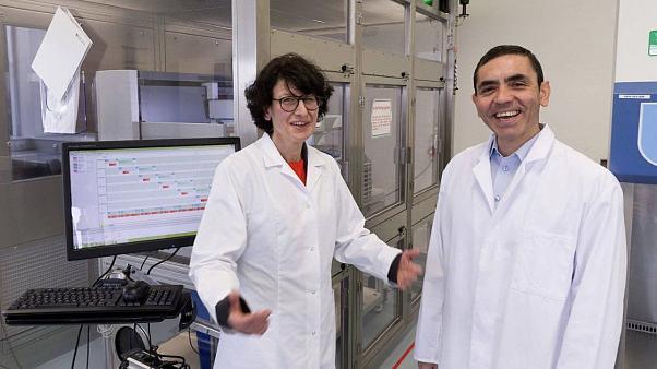 Uğur Şahin: Corona virüsü aşısı Aralık ayında geliyor