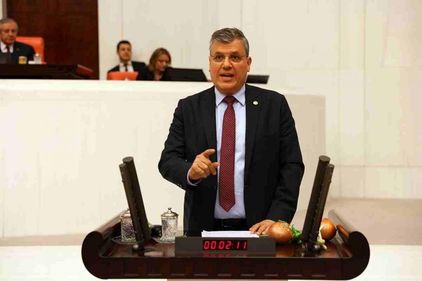 Ayhan Barut'tan öğretmenlerin çağrı merkezlerinde görevlendirilmesine tepki