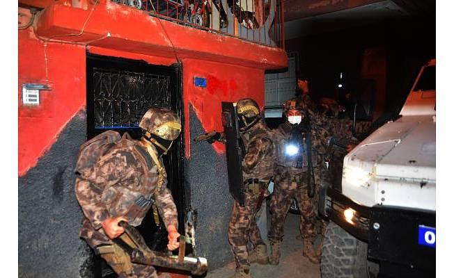 Komiserli, polisli organize suç örgütüne dev operasyon
