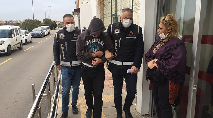 Adana'da Reçete Operasyonu.. Çok Sayıda Gözaltı Var..