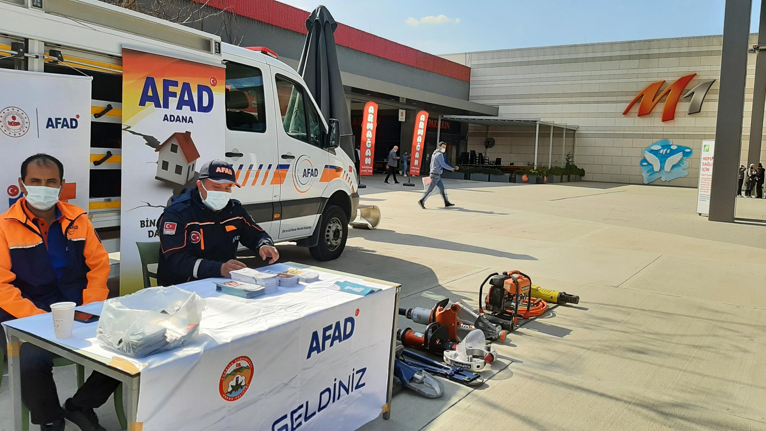 AFAD DEPREM HAFTASI ETKİNLİKLERİ M1 ADANA AVM'de gerçekleştirildi