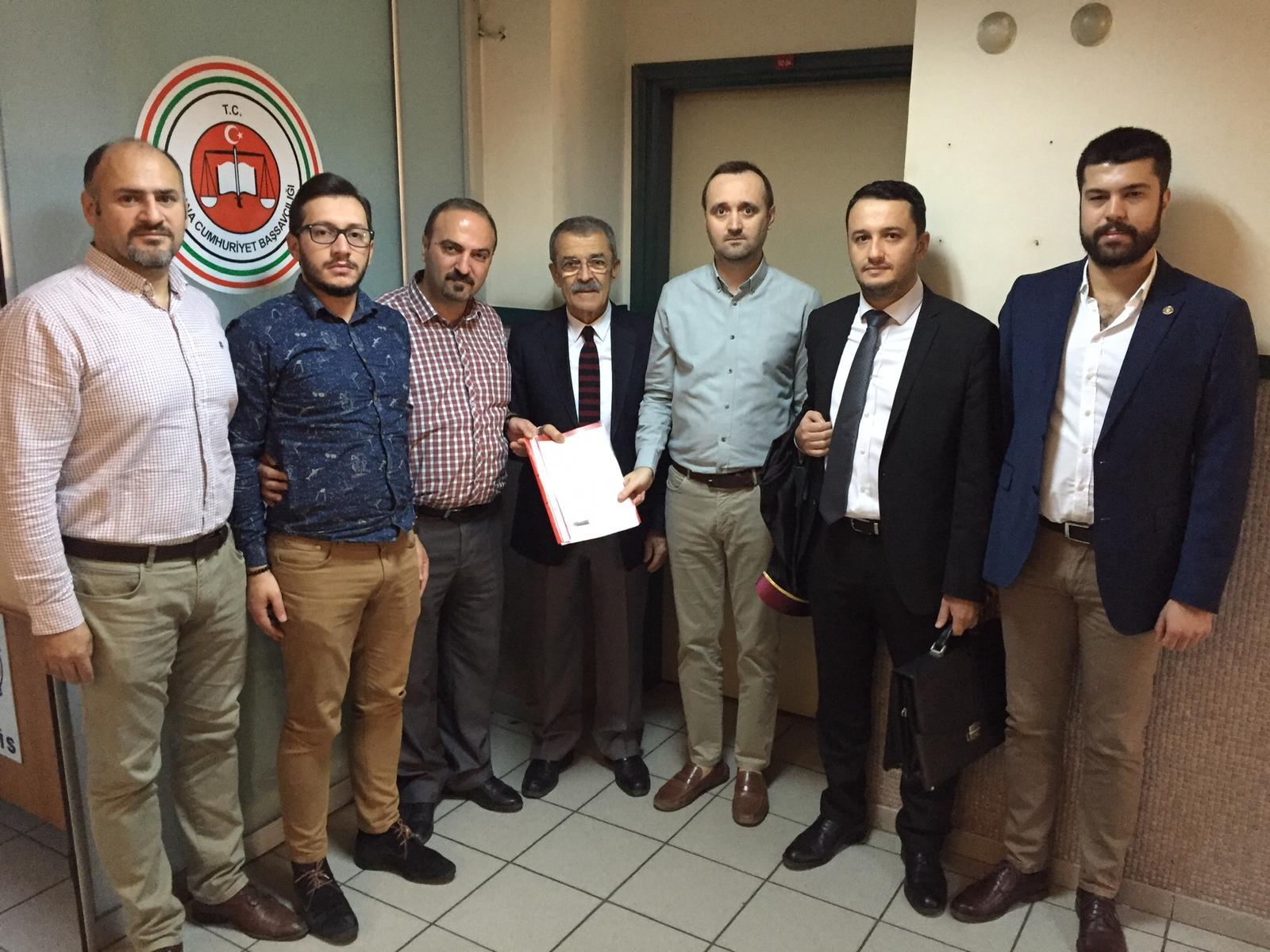 CHP, ATATÜRK'E HAKARETİN PEŞİNİ BIRAKMIYOR
