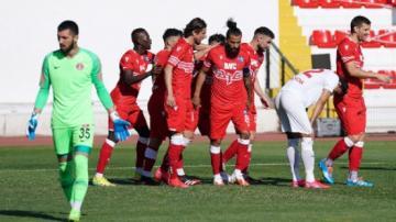 Adana Demirspor son haftaya bıraktı 3-2